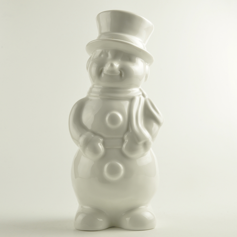 Wholesale New custom design personalized White Ceramic Snowman Decor Christmas home decoration