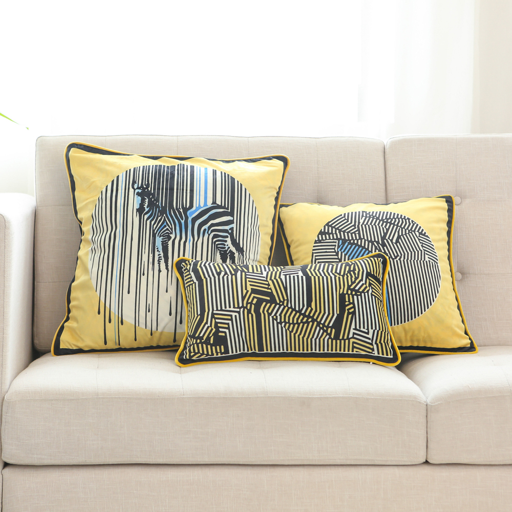 2020 Hot Sale Soft Plush Zebra and Stripes Printed Toss Pillow Covers Couch Cushion Cases Yellow Black