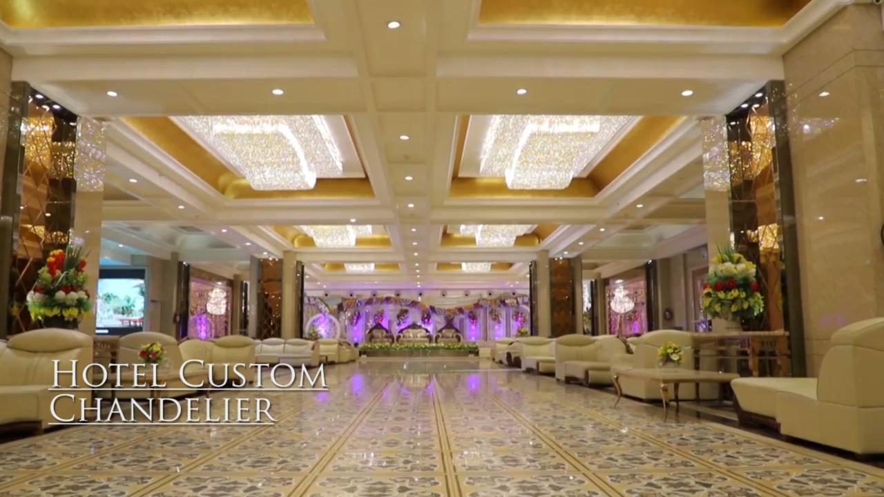 レセプションのためのモダンな豪華なフラッシュムアウトランプ花ガラス天井シャンデリア
