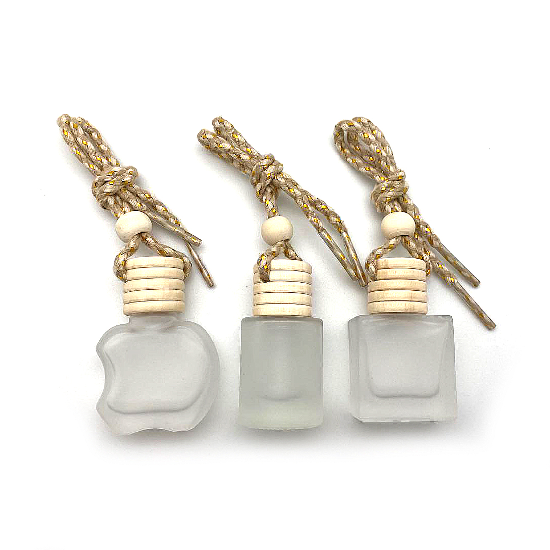 5ml 8ml 10ml Wholesale diffuser empty hanging car perfume frosted bottle with wooden cap