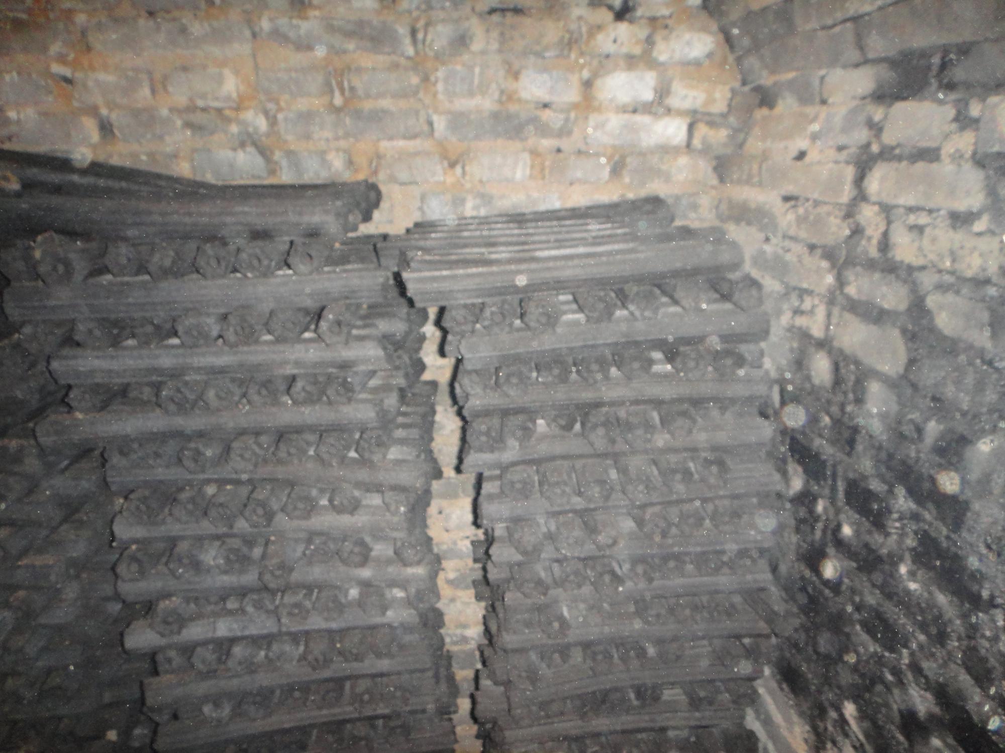 HQBQ0006 HongQiang Hardwood Smokeless Sawdust Briquette BBQ Charcoal