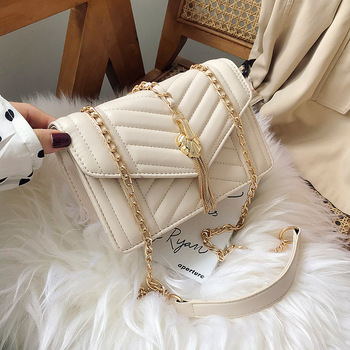 2020 new design lady tassel handbag women korean chain bag for all season