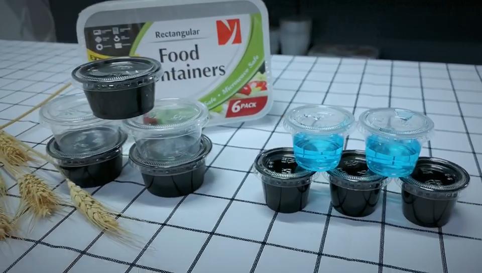 Venta caliente 1OZ/28ML desechables restaurante pequeño de alimentos de plástico contenedor prueba de fugas claro taza de salsa con tapa con bisagras