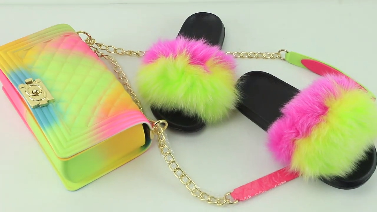 2020 hotsale colorful purse and fur slides two piece set for women