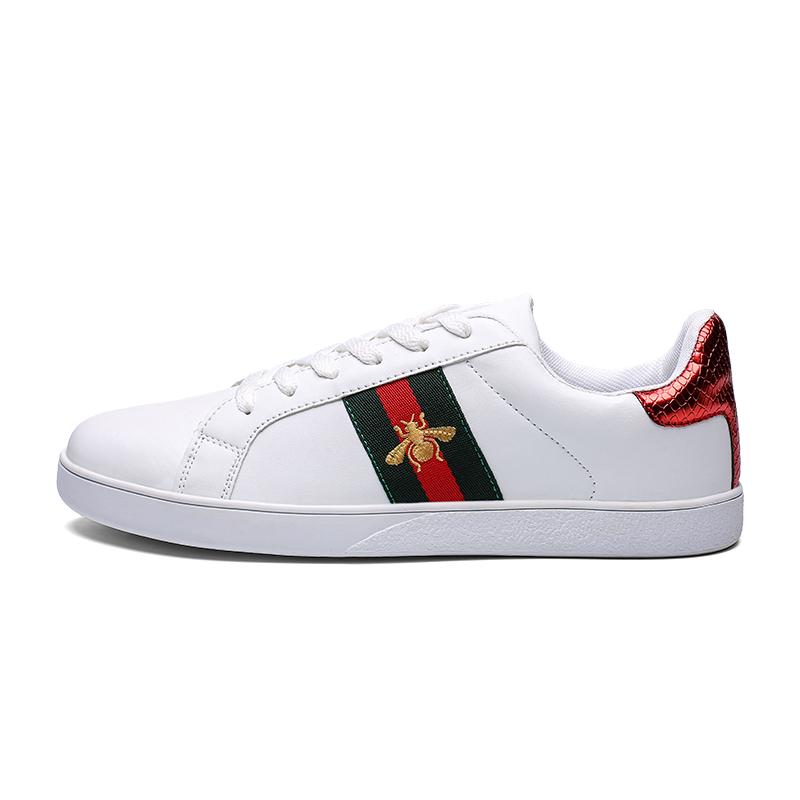 Scarpe da uomo di sport, scarpe sportive di marca, scarpe sportive a buon mercato