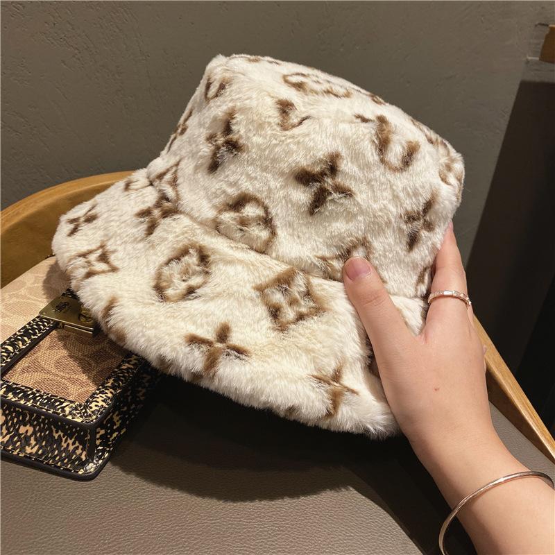 unisex luxury Vintage faux fur bucket hat plush fur hat winter furry bucket hat for women