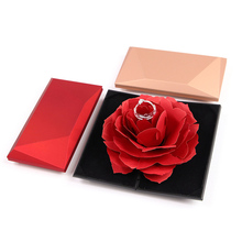 Custom Rose roterende <span class=keywords><strong>ring</strong></span> box romantische voorstel gift box <span class=keywords><strong>Ring</strong></span> Box