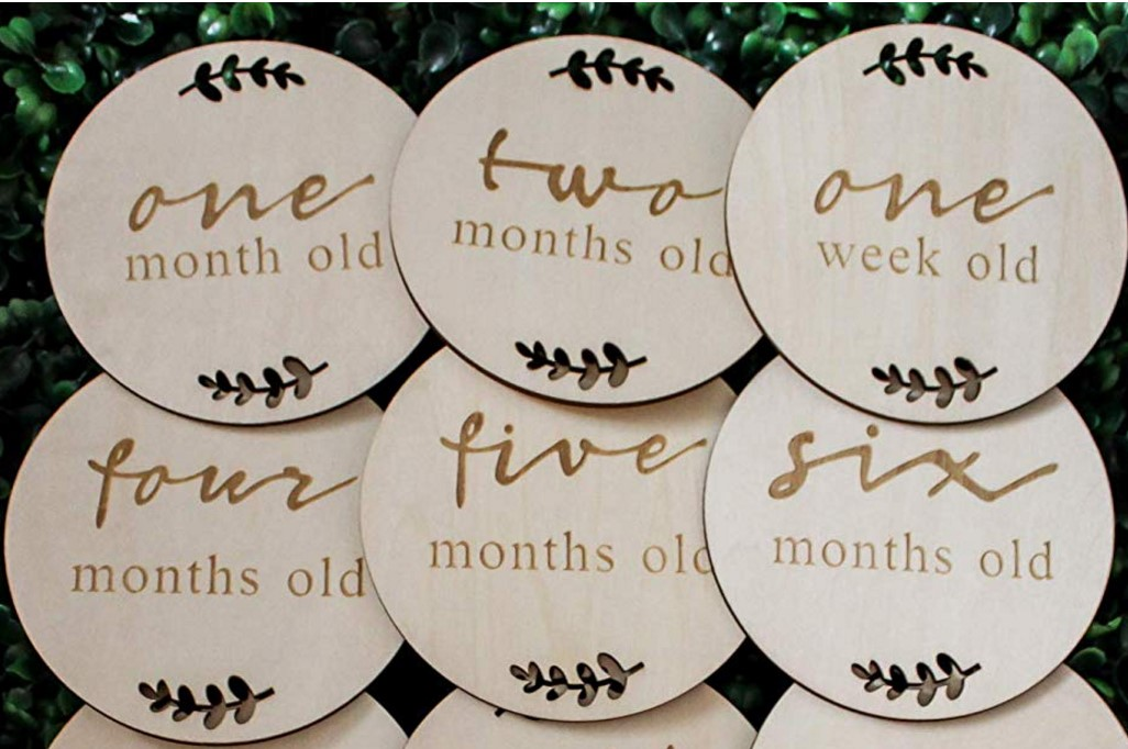Baby Monthly Milestone Wooden Card,Wooden Monthly Baby Photo Props
