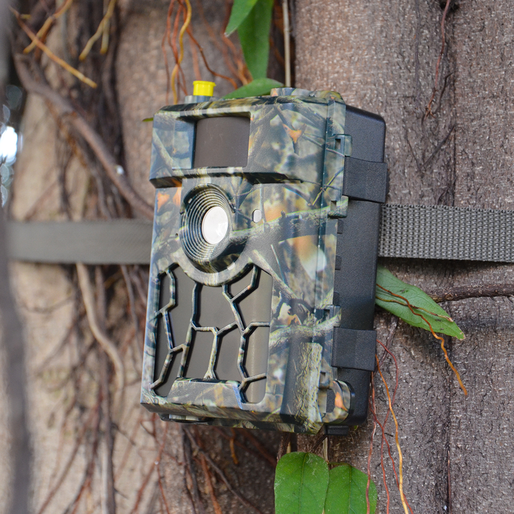 Hunting Camera 4G LTE With APP Control 0.4s Trigger Time IP65 Audio Video recording trail camera