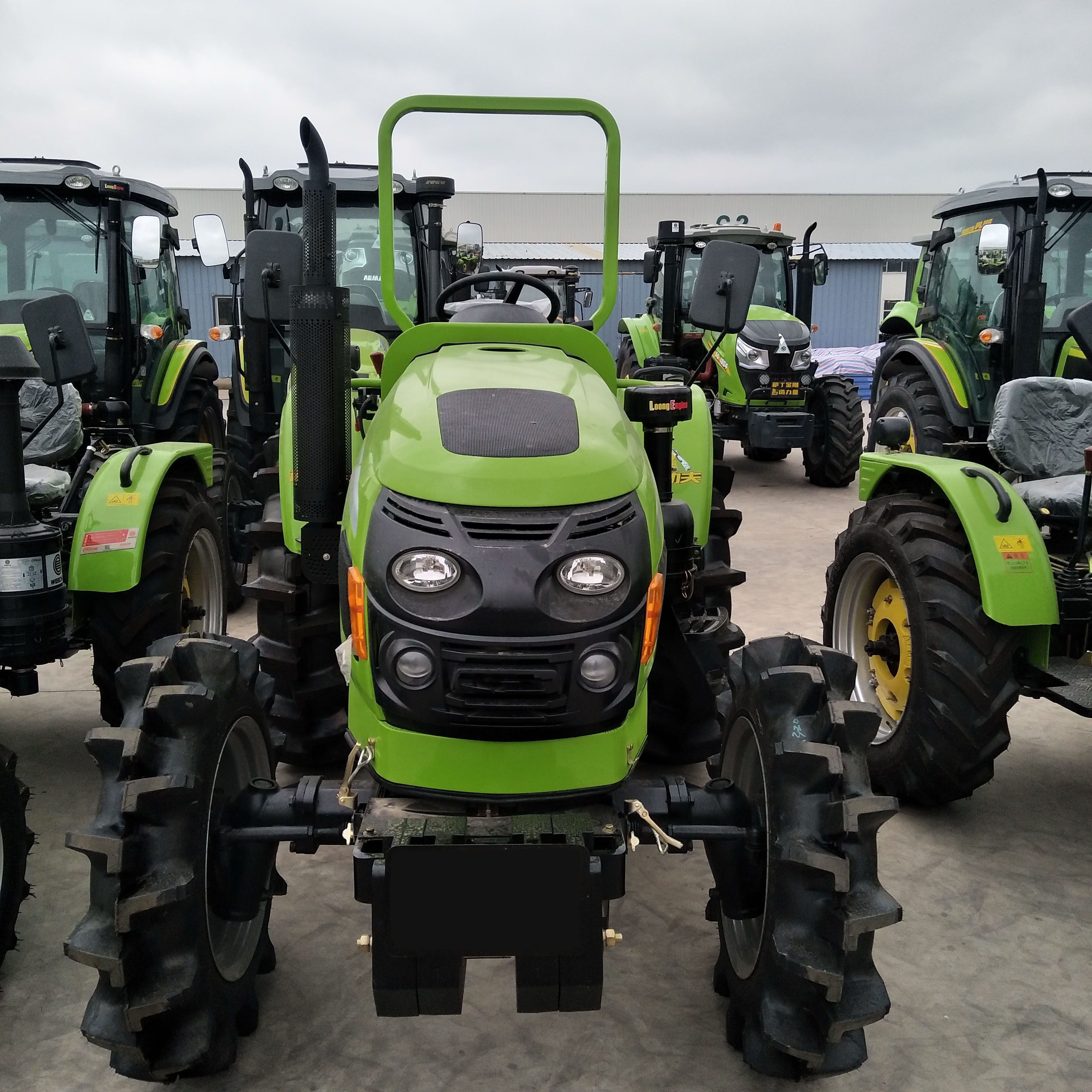 35 hp-90hp Tractors for Agriculture Farm Machine 4wd