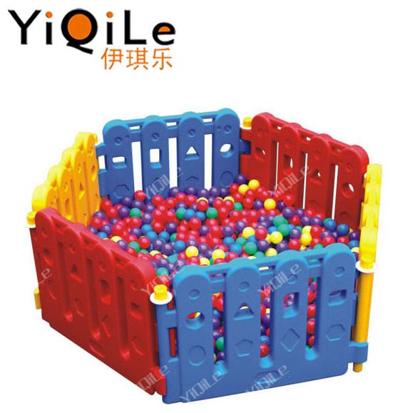 للاطفال يلعبون سياج مرحلة ما قبل المدرسة العاب اطفال ألعاب وهوايات
