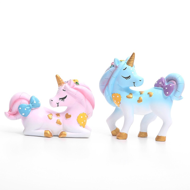 2020 New Wholesale Resin Pink Blue wnicorn <strong>Cake</strong> Topper for <strong>Wedding</strong> Birthday Supplies Party <strong>cake</strong> Topper <strong>Accessories</strong>