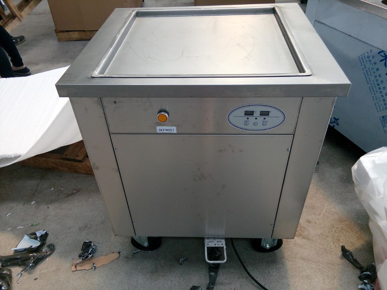 Double pans fried ice cream making machine, R410A fry ice cream roll machine