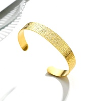 Stainless steel hammered bracelet open cuff bangle in golden nordic minimalism vintage jewelry Accessories