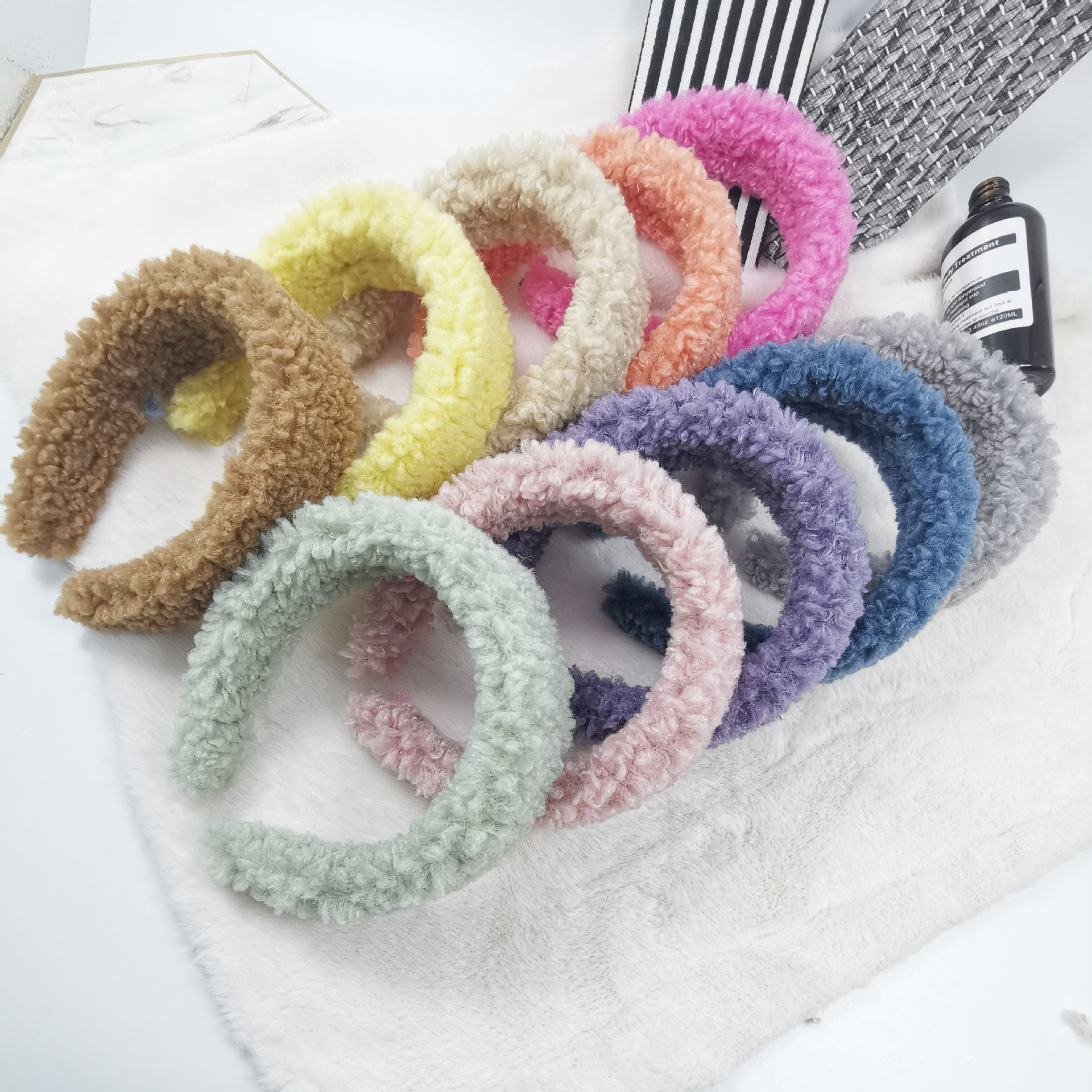 2020 new wide edge thick hair band autumn winter teddy curly plush women <strong>headband</strong>