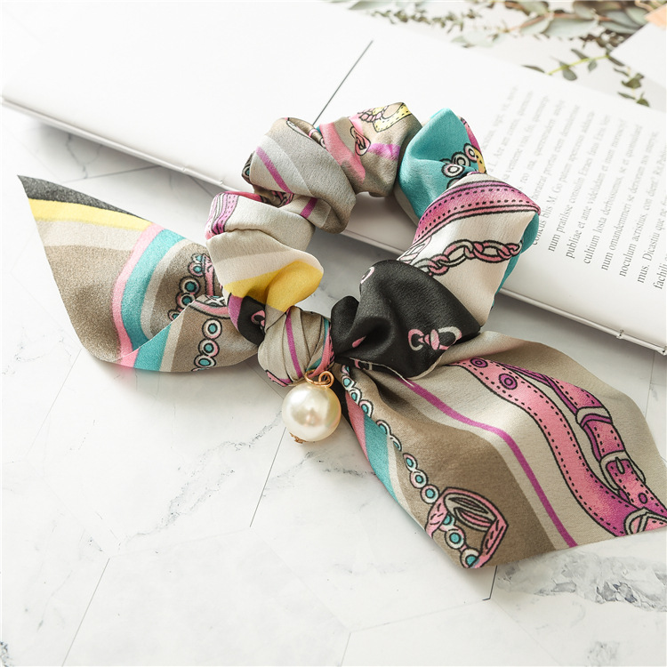 Hot selling design elastic silk fancy hair scrunchy ties women fashion hair scrunchies