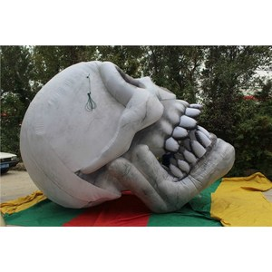 Fast Delivery Hanging Halloween Inflatable Skull Head with Color Led for Halloween Decoration in Stock