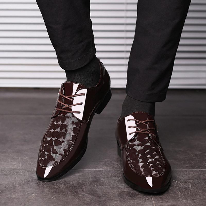 Lente Nieuwe Item Comfortabele Glanzende Mannen Lederen Schoenen Man Kantoor Schoenen Jurk Schoenen