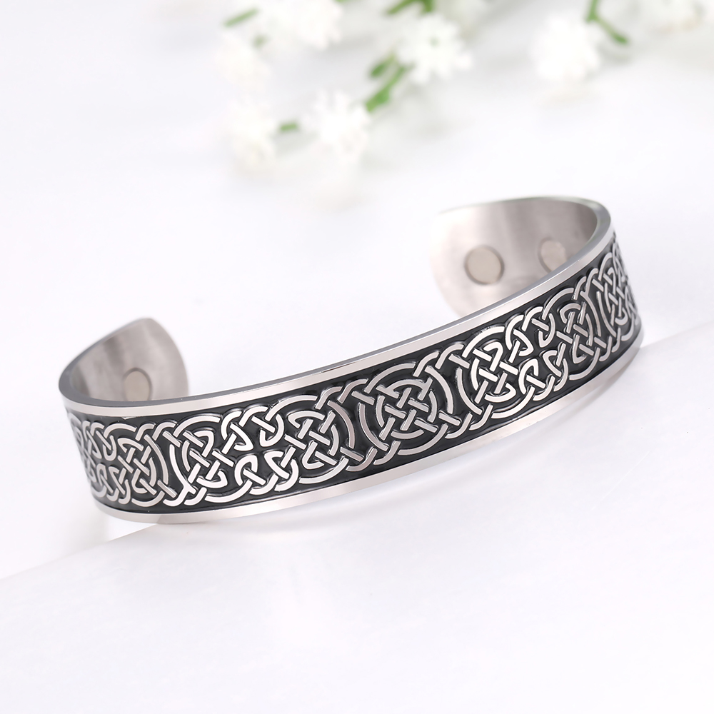 MAG001 European and American fashion Viking pattern carved bracelet Vintage simple stainless steel Viking style bracelet