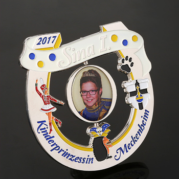 Custom fabulous little girl spinning and rotating  printing medal coated with epoxy