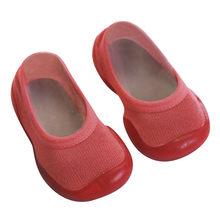 Модные однотонные носки на мягкой резиновой подошве для новорожденных девочек, носки-тапочки, нескользящая обувь для малышей # p4(China)