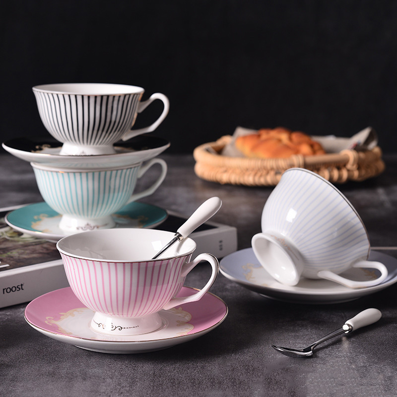 High Quality  Fine Bone China Coffee Cups And Saucer Ceramic Set Bone China Cup And Saucer With Gift Boxes