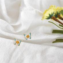Зеленые серьги-гвоздики Бабочки модные женские украшения маленькие серьги 2020(Китай)