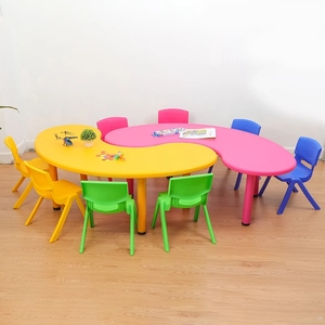 Modern and simple design preschool classroom furniture moon shape kids table and chair