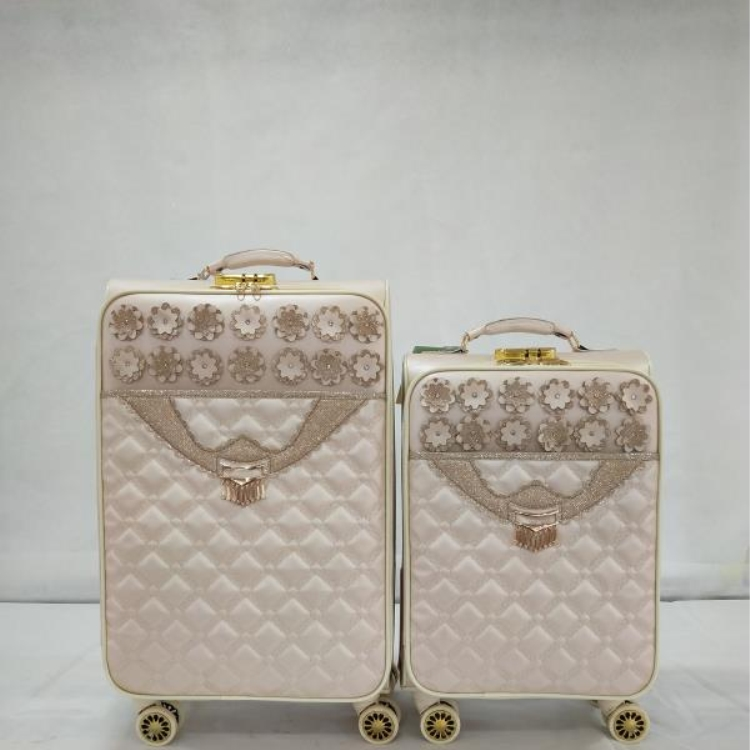 The middle east  Ladies travel leisure international luggage large four wheels suitcase  3pcs-6pcs