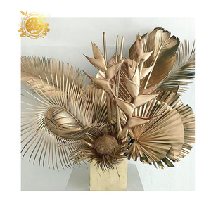Hot Sale Different Style dried palm leaves For Indoor decor  And palm leaf plates for Wedding Ornament