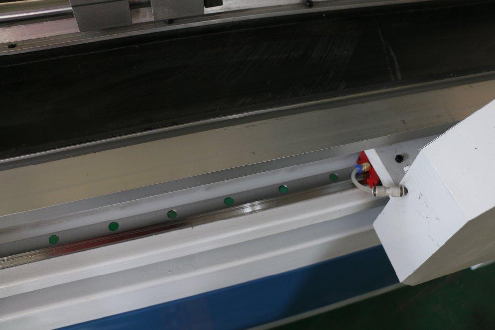 ต่ำราคาไม้ประตูเครื่องไม้ออกแบบประตูเครื่อง CNC Router ไม้เครื่องมือ