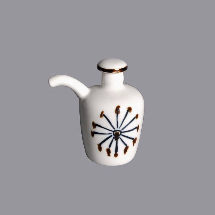 Porcelain Sauce Vinegar Pot