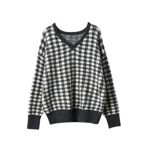 Sweater female autumn and winter 2019 new bottoming shirt shirt plaid loose long-sleeved V-neck sweater