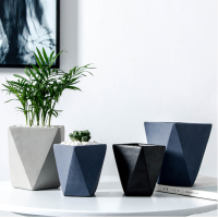 Hot sale black geometric small concrete flower pot