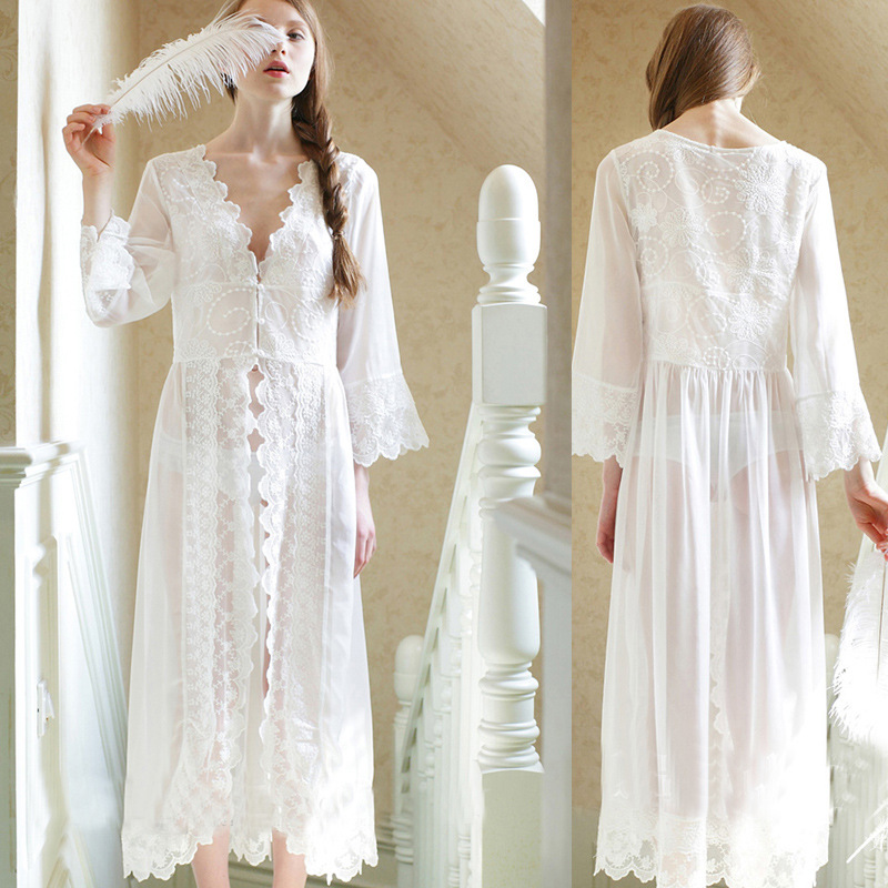2019 New Palace Style White Lace Long Robe Princess Dress Sexy See Through Womens Nightgown Nightwear For Women фото