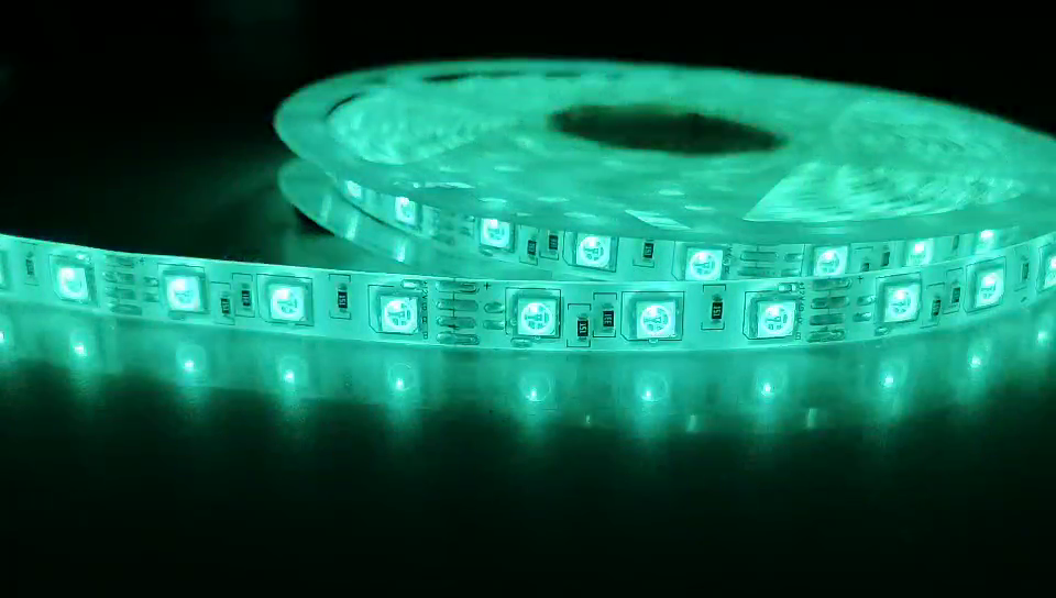Tira de luz LED RGB SMD 5050 Cinta flexible tira de luz led RGB 5M Diodo de cinta DC 12V + Control remoto + Adaptador