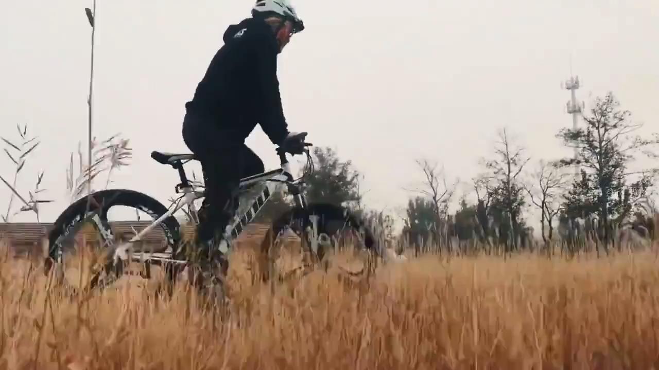 工場価格マウンテンバイクmtb自転車男性/スチールマウンテンバイク/26インチダウンヒルマウンテンバイク