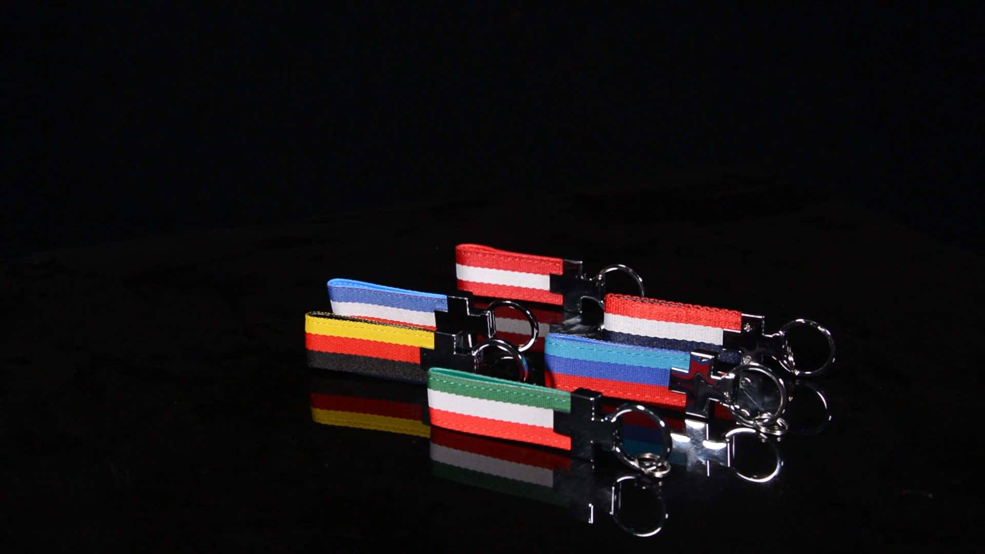 vespa parts cute custom metal keychain key holder ring custom logo vespa sprint gts lx125