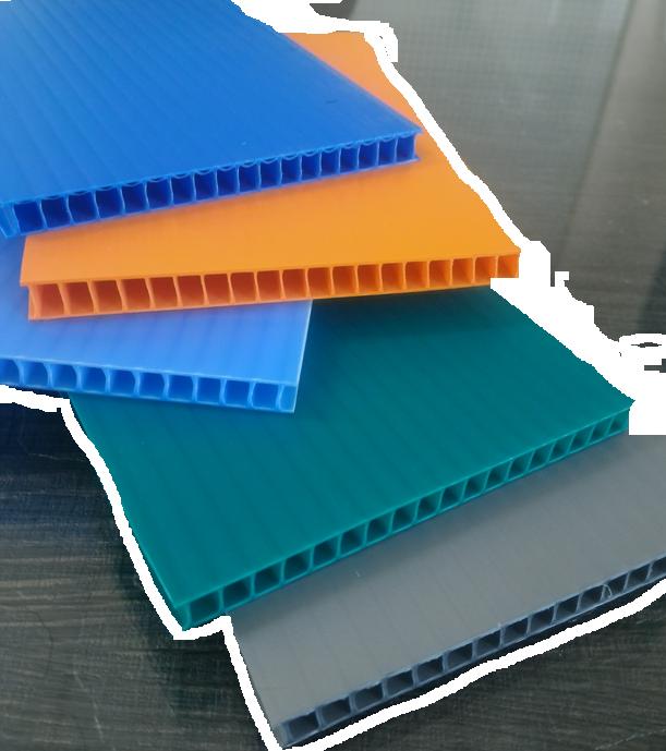 Multi color corrugated plastic sheet