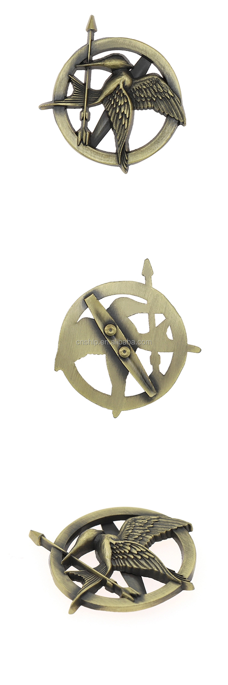Shuanghua factory making hollowed metal antique gold lapel pin