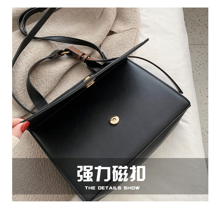 2020 early spring new fashion Korean version of crocodile cross-body atmospheric wild portable large capacity shoulder bag