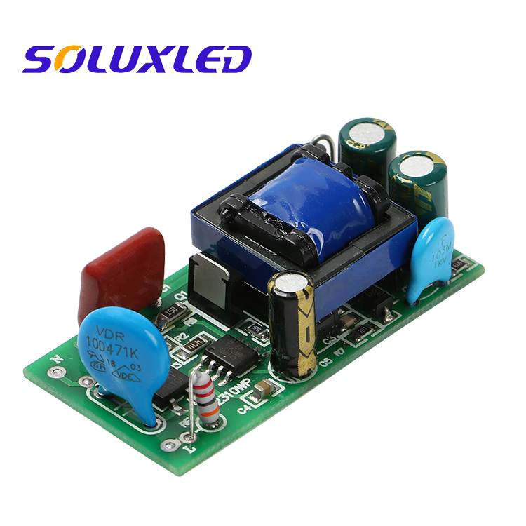 SOLUXLED 8-12x1W 3-5x3w 300mA 600mA LED Driver for indoor lighting led down light power supply