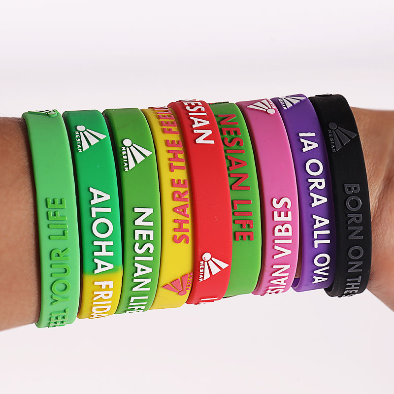 Custom Embossed Silicone Bracelet Debossed Silicone Wristbands