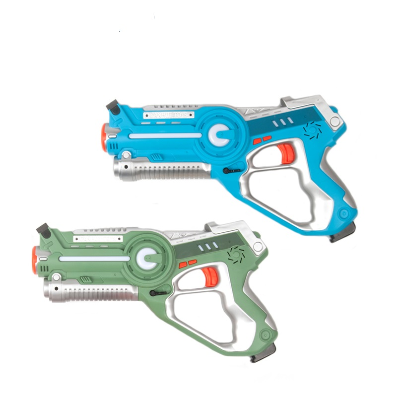 Newest family game 4pcs infrared shooting laser tag gun set with sound and vibration