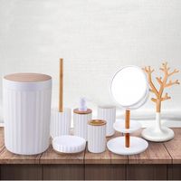 7 Pcs Modern White Plastic Hotel Bathroom Accessory Luxury Bathroom Accessories Plastic Hotel Bathroom Accessories Set