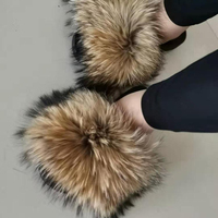 Latest Woman Indoor colorful Slippers Wholesale Fox Fur Slides Sandals