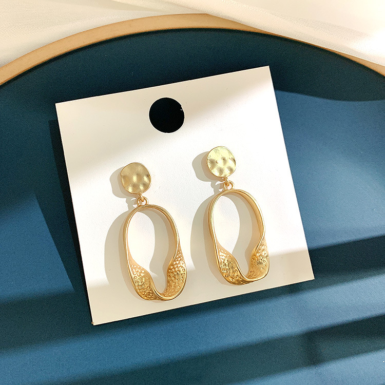 Retro irregularity gold metal earrings 2019 geometric