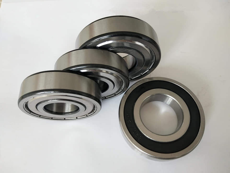 Specialized In Exporting Nsk Deep Groove Ball Bearing 6215 2rs 75*130*25mm