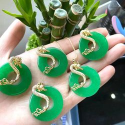 2021 Wholesale Natural Stone Green Jade Pendant Je