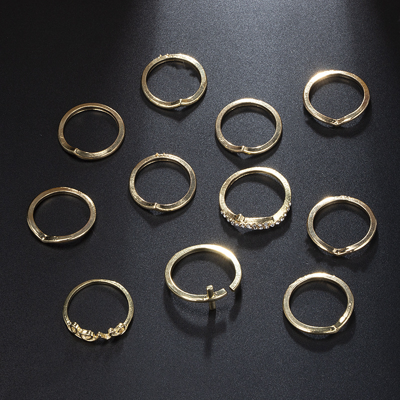 11 PCS Bohemian Ornament Women Gold Finger Knuckle Ring Set Geometric Moon Crystal Ring Set Jewelry